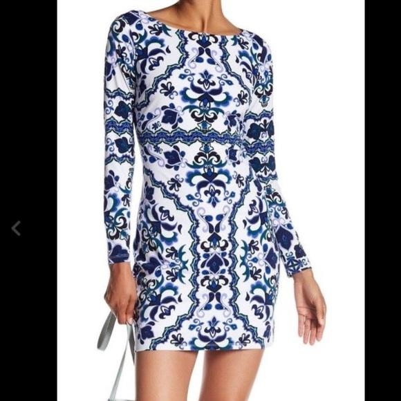 a47215d9 Vince Camuto Dresses | Floral Long Sleeve Lined Shift Dress | Poshmark